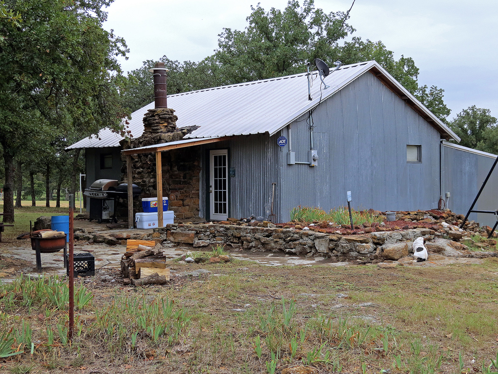 Texas hunting lodge hunting outfitters tx hunting trips for Hunt texas cabins